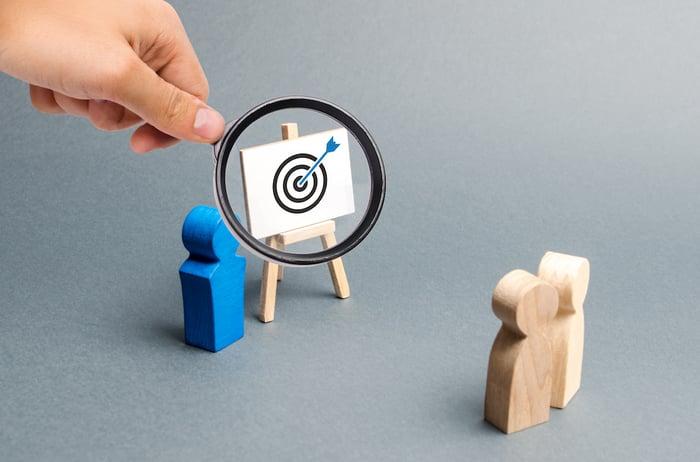 How the Best SaaS Marketing Companies Reach Healthcare Customers