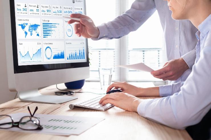 linkedin analytics marketing strategy
