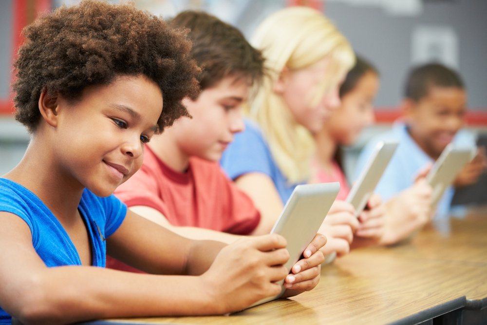 pros and cons of education technology